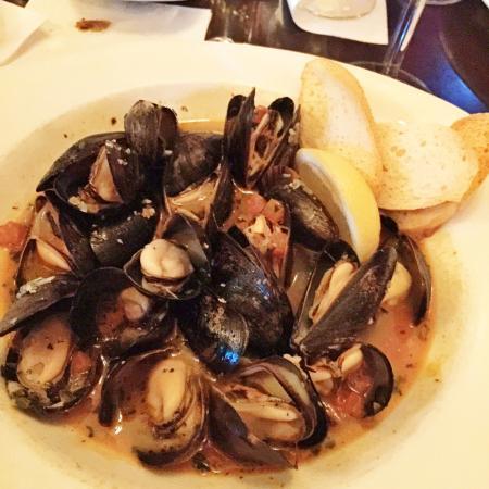 Cafe Bleu: Mussels