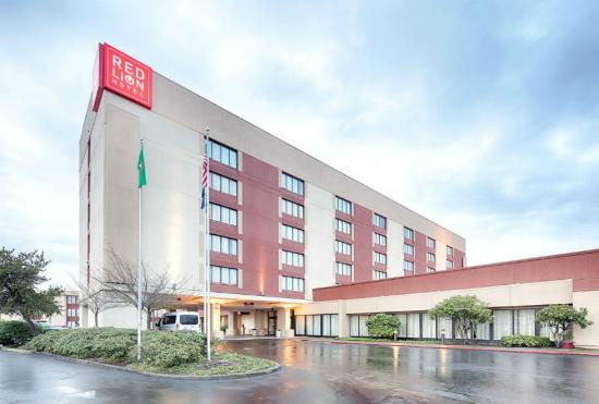Photo of Red Lion Hotel and Conference Center-Seattle-Renton