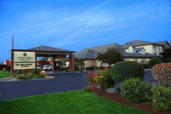 Photo of Oxford Suites Hermiston