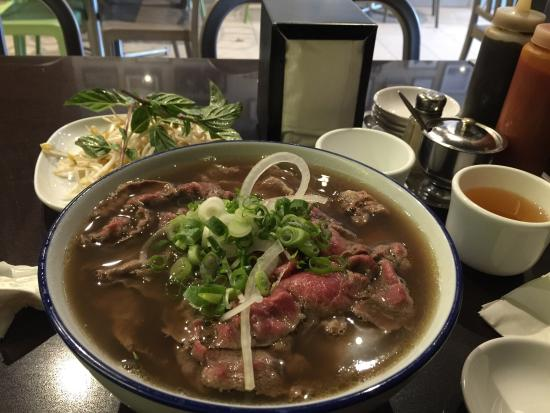 Mint vietnamese pho and cuisine asian restaurant 226 for Asian cuisine and pho