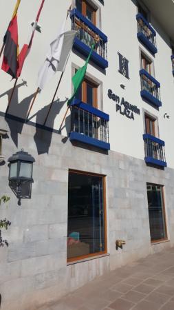 San Agustin International Hotel: entrée de l'hotel