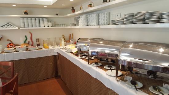 San Agustin International Hotel: buffet du petit dejeuner