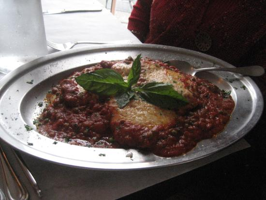 Casa Antica: Chicken parm with ziti and meat sauce.