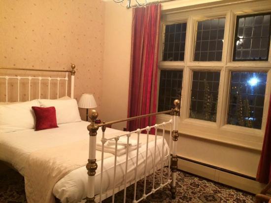 Bulkington, UK: Our bedroom