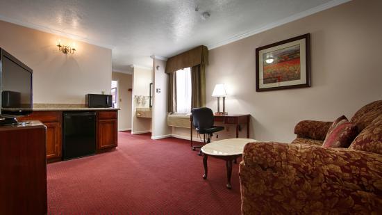 BEST WESTERN Salinas Monterey Hotel: Guest Room