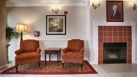 BEST WESTERN Salinas Monterey Hotel: Lobby