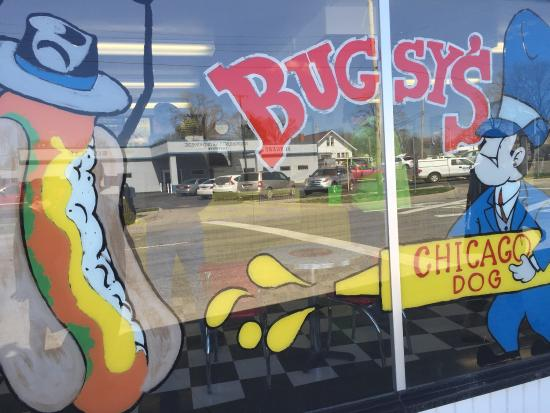 Bugsy's Chicago Dogs: photo4.jpg