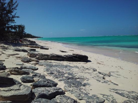 Whitby, North Caicos: Beach near villa