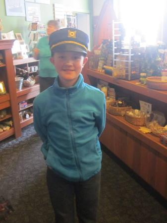 River Discovery Center: We enjoyed shopping in the gift shop.