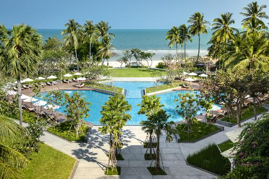 Review Of The Regent Cha Am Beach