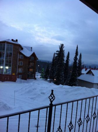 Hotel Sky Way: вид из окна