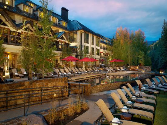 Vail Cascade Resort & Spa: Exterior Back Deck