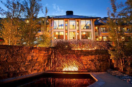 Vail Cascade Resort & Spa: Outdoor Hottub