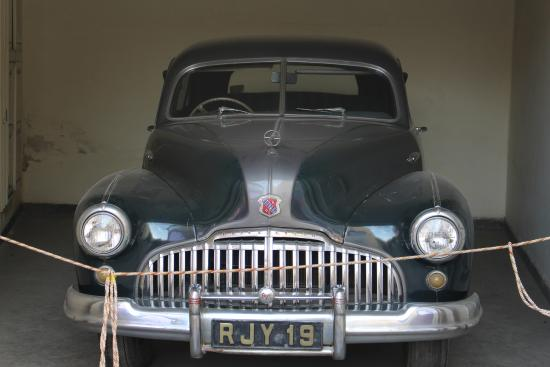 Morris Minor 1000 Traveller - View from Back - Picture of Vintage