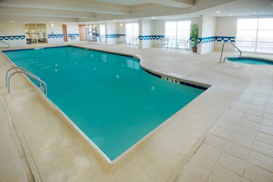 Fairfield Inn & Suites Cordele: Pool