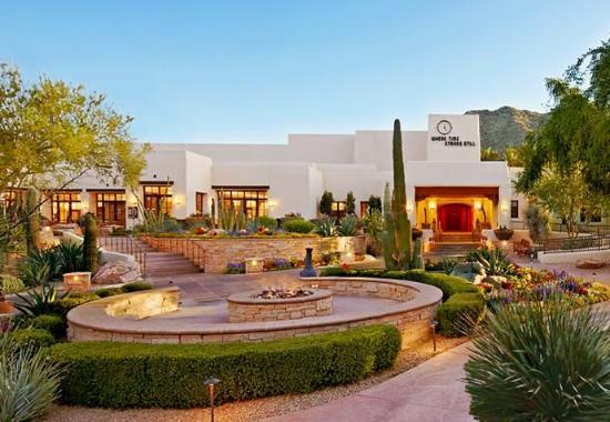 Jw marriott camelback inn scottsdale resort spa for 76 salon mid valley