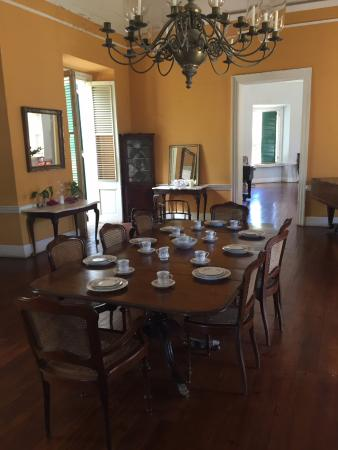 Estate Whim Museum : Great House dining room.