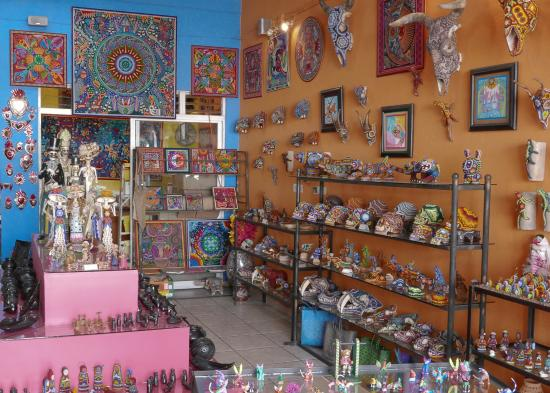 Puerto Vallarta Walking Tours: Peyote People - we came back and purchased some amazing artwork