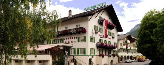 Hotel Post: Hotel Aussenansicht Sommer
