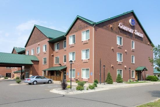 Comfort Suites Rapid River Lodge: Exterior