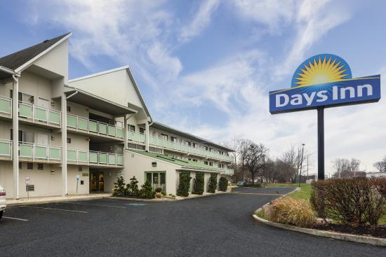 days inn harrisburg north pa motel reviews photos. Black Bedroom Furniture Sets. Home Design Ideas
