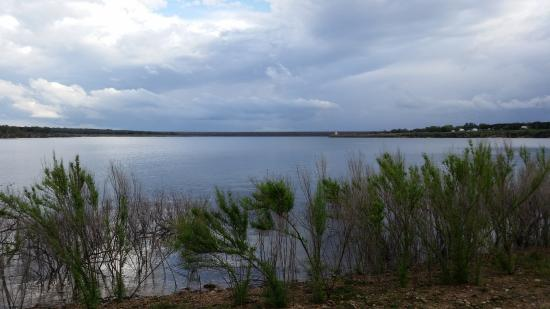 Relaxing picture of jim hogg park georgetown tripadvisor for Lake front view