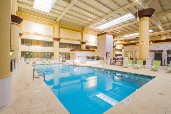 Holiday Inn Chicago North Shore (Skokie): Swimming Pool at Holiday Inn Chicago North Shore Hotel