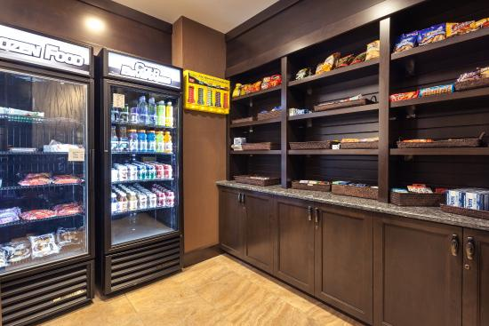 Holiday Inn Express Hotel & Suites Cheyenne: Vending