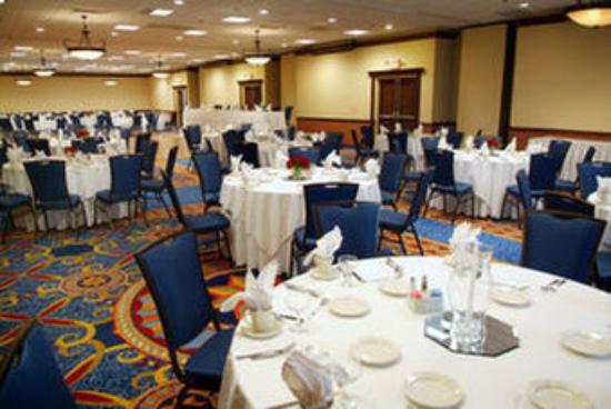 Worthington, Ohio: Ballroom E -11