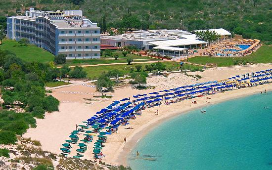 Asterias Beach Hotel: Narrow aerial 1024x641x72ppi