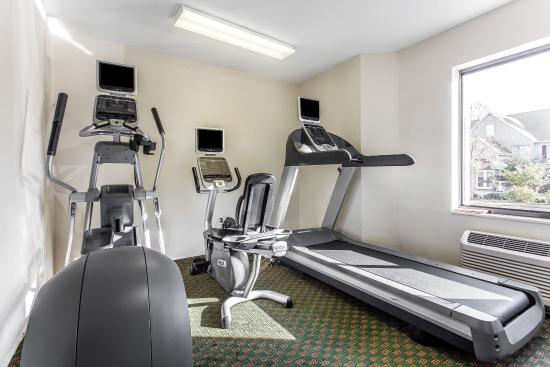 Sleep Inn near Ft. Jackson: Gym