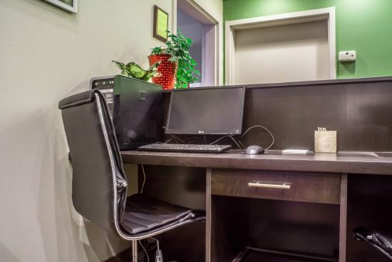 Sleep Inn: Business Center