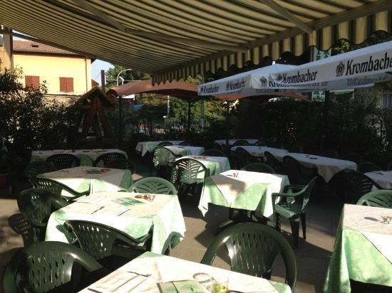 Albese con Cassano, Italië: veranda estiva