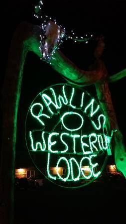 Rawlins Western Lodge : New entry sign