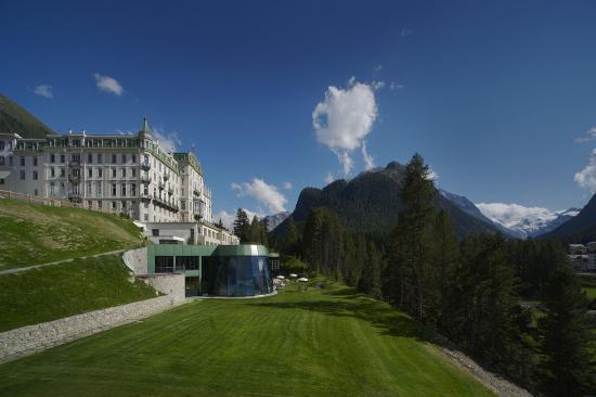 Grand Hotel Kronenhof: Grand Hotel Kronenhof Pontresina Summer