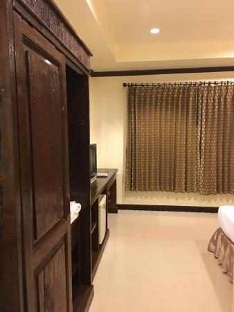 Lek City Hotel: Clean and good location