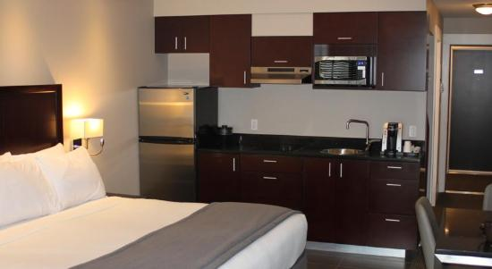 Capital City Center Hotel: Guest Room