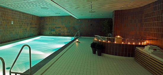 Thon Hotel Aalesund: Swimming Pool