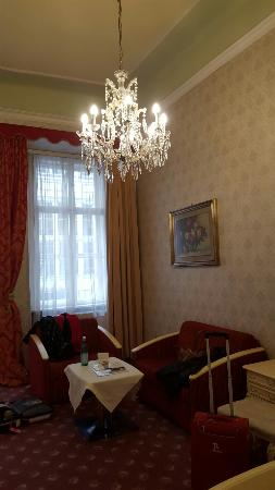 Pertschy Palais Hotel: 20160223_120643_large.jpg