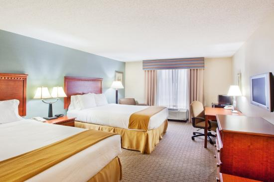 Holiday Inn Express Hotel & Suites Covington: Double Bed Guest Room