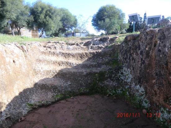 La necropoli di Anghelu Ruju: Necropoli di Anghelu Ruju