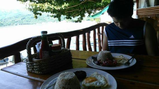 Dolphinbay Beachfront  & Dive Resort: FB_IMG_1458226818835_large.jpg