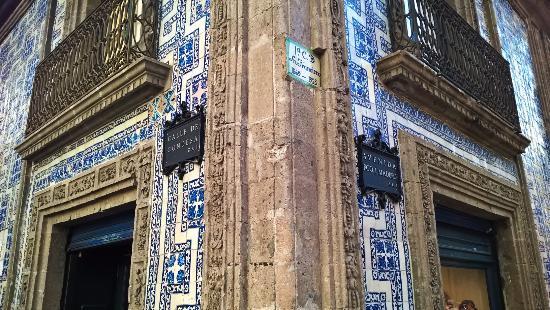 Foto de casa de los azulejos ciudad de m xico tile house for Casa de los azulejos ciudad de mexico