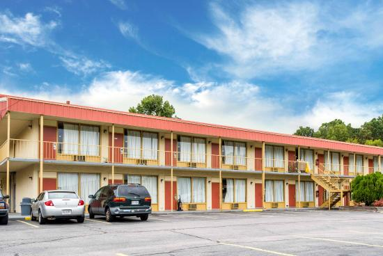 Photo of Econo Lodge Petersburg