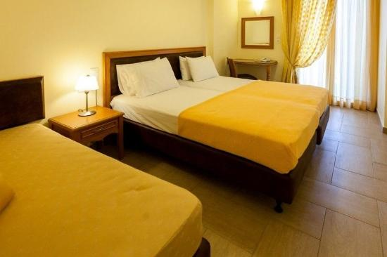 Pantheon City Hotel: Triple Room with Sea View