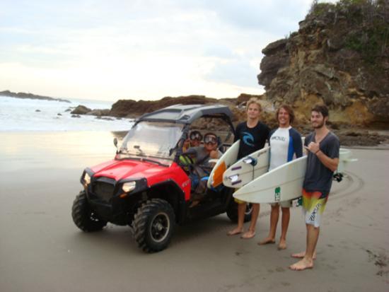 Machele's Place: surf tour