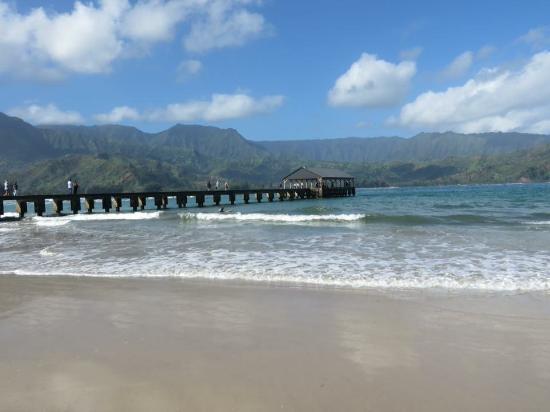 Hanalei Pier - Picture of Hanalei Beach, Hanalei - TripAdvisor