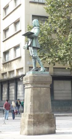 Monumento a Antonio Viladomat