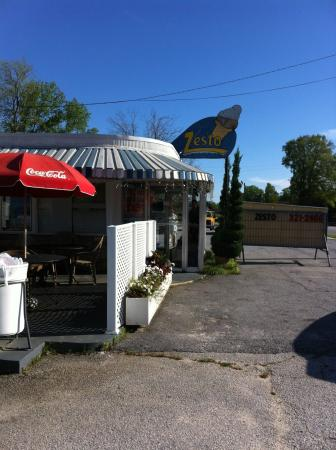 Newberry, SC: Local burger joint with great milkshakes