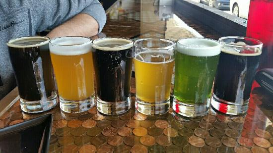 Hoppy Trout Brewing Company: Fantastic beers brewed in house